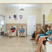 Entrega dos certificados da formação em Cuidador de Idosos